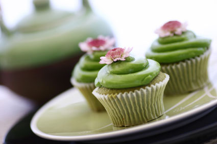 Gluten, Dairy and Sugar-free Green Tea (Matcha) Cupcakes with Ginger Icing